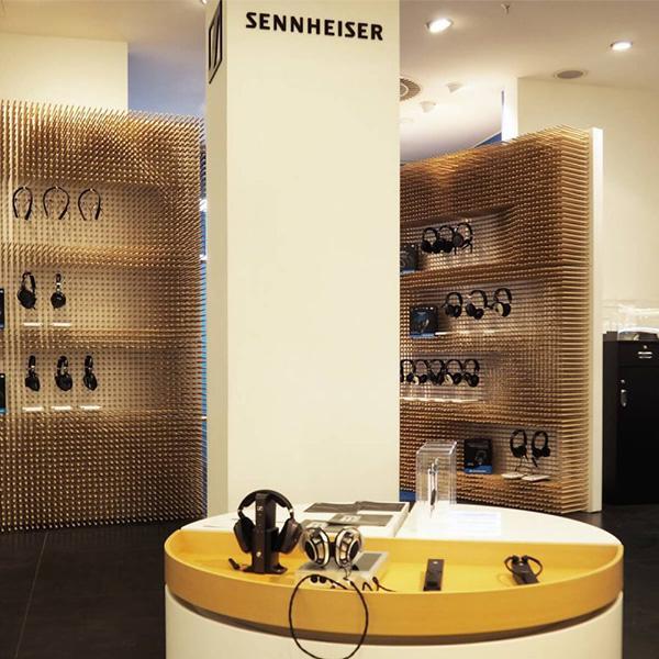 Delafair Innenausbau - Shop in Shop für Sennheiser im KaDeWe