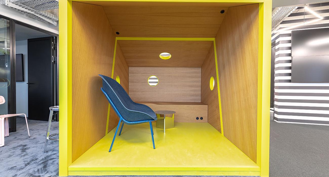 Delafair Innenausbau - Box im Raum mit Trennwänden